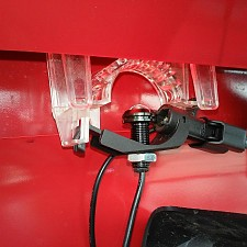 CBL07_Holder In Car.jpg